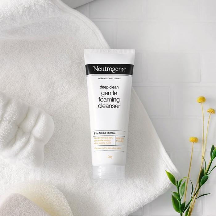 Neutrogena Deep Clean Gentle Foaming Cleanser IG