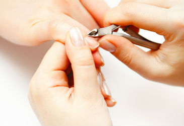 Beauty Q&A: Is Cuticle-Trimming Necessary?