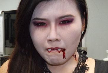 Halloween Special: Vampire Girl