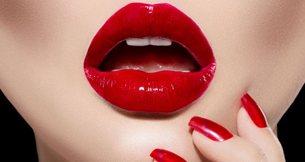 Research: Why We're Naturally Drawn to Glossy, Shiny Makeup (And Other Glitzy Items)