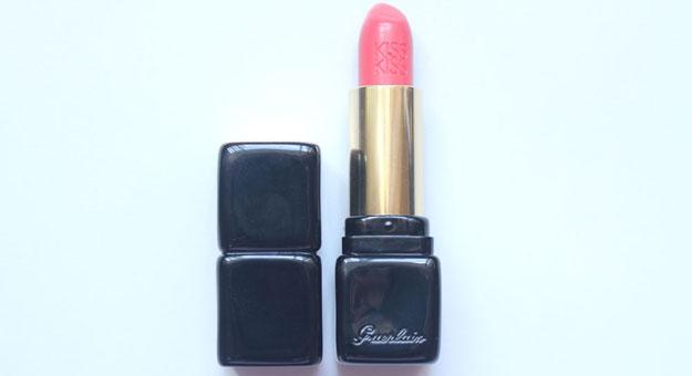 Review: Guerlain KissKiss Lipstick – A Woman's Weapon of Lethal Seduction