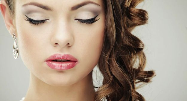 Brides Who Want To Do Their Own Makeup- This Is For You!