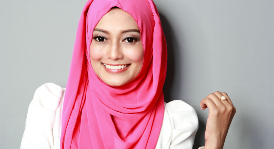 Hari Raya With DV: Help Your Makeup Stay During Visiting. Here Are 5 Easy Tips!