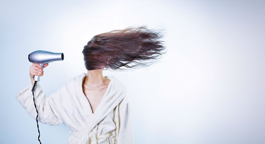 4 Secrets To Perfect Hair That Lasts – No Need For The Dreaded Hairspray!