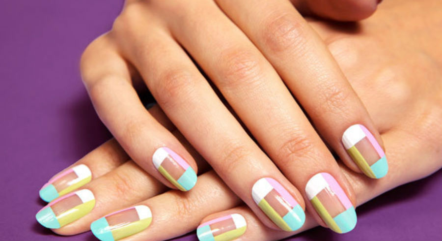 "The ""negative space"" nail trend is so hot, you definitely want to follow it. Here are 8 inspiring ideas"