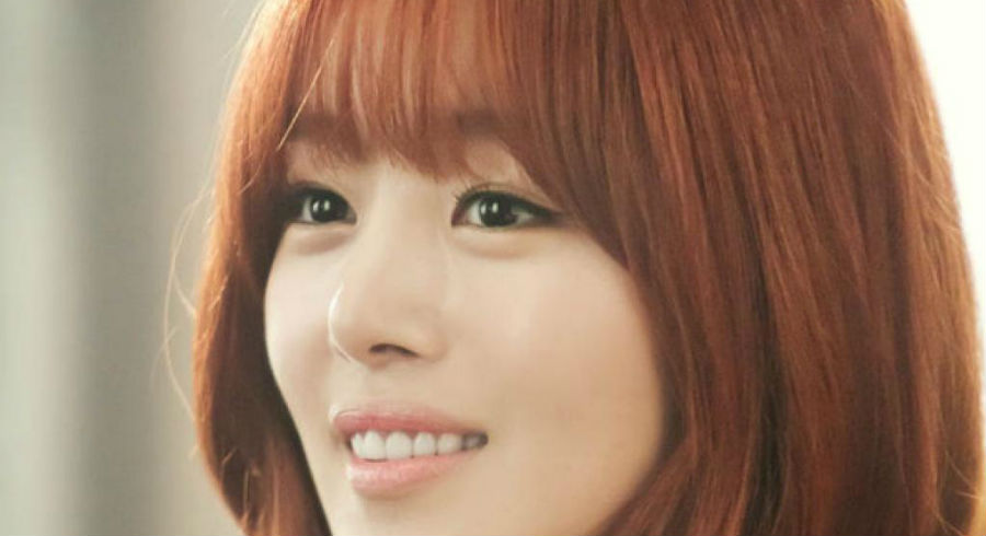 5 questions to ask yourself before you decide if you really, really want bangs