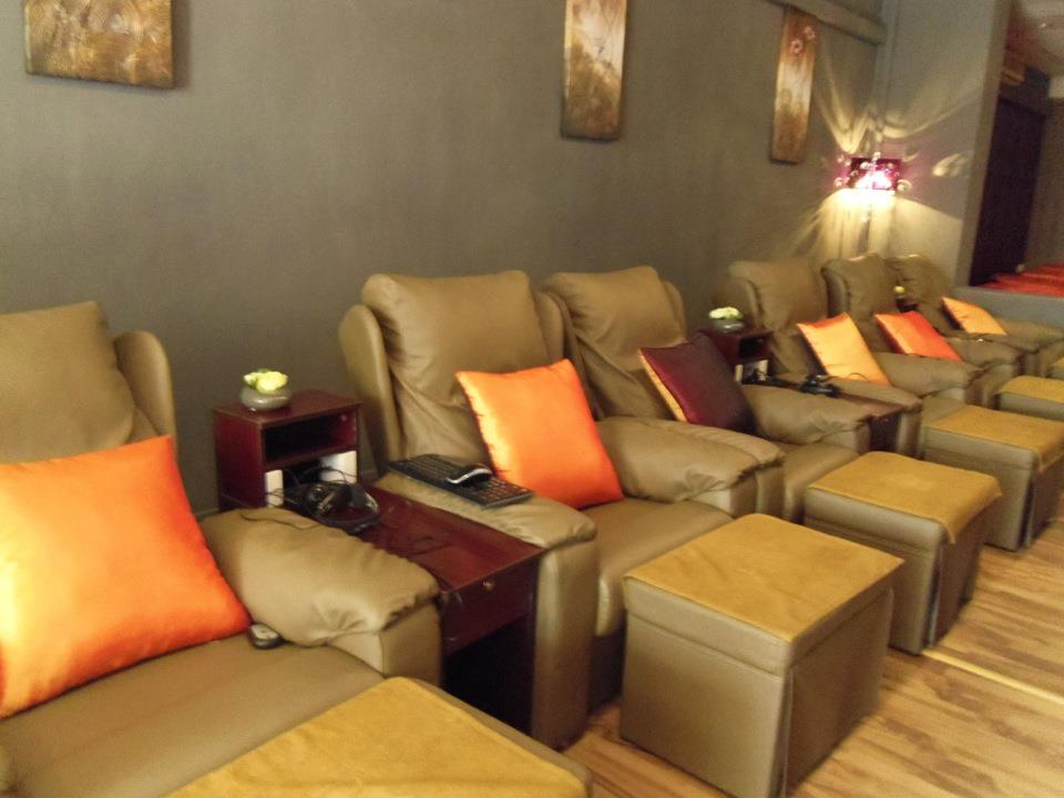 best-24-hour-late-night-spa-singapore-xiyuan-foot-spa