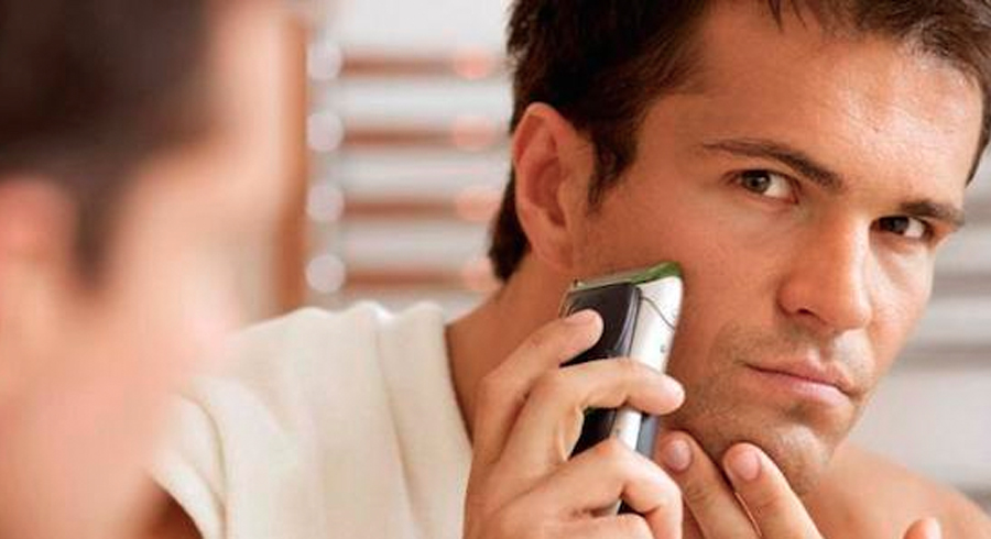 3 common mistakes that are giving your man irritated and sensitive skin