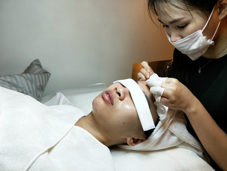 facial for acne geranium skin hair boutique 5