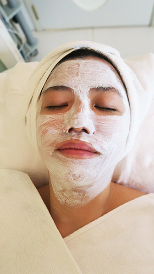 facial for acne le facialle 1