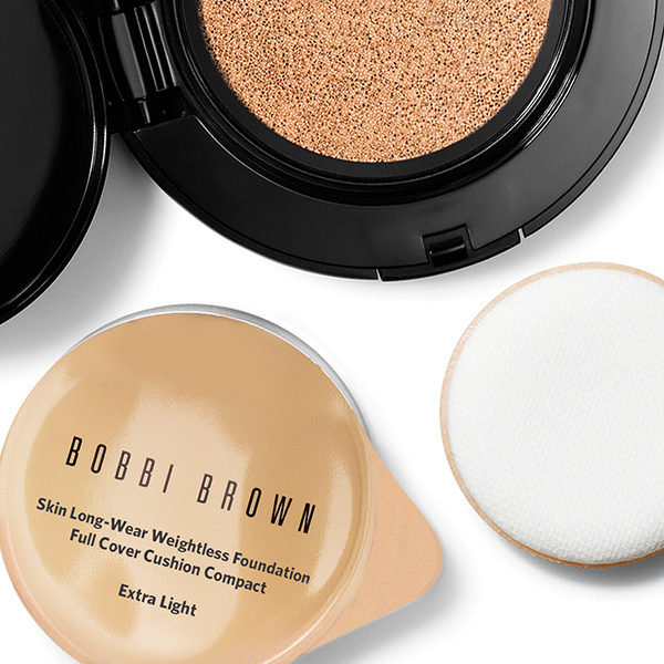 october 2017 beauty Bobbi Brown Skin Long-Wear Weightless Foundation Cushion Compact SPF 50 PA+++