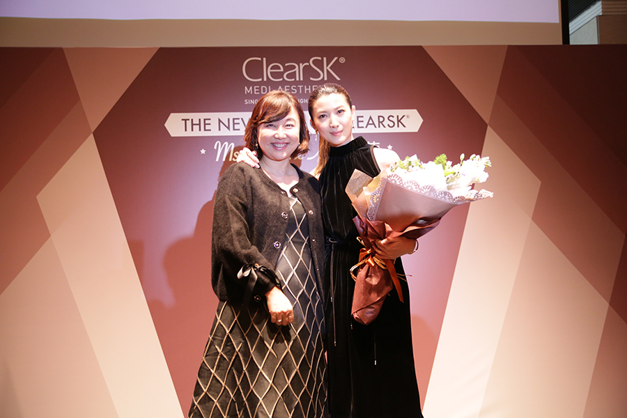 jeanette aw clearsk 1