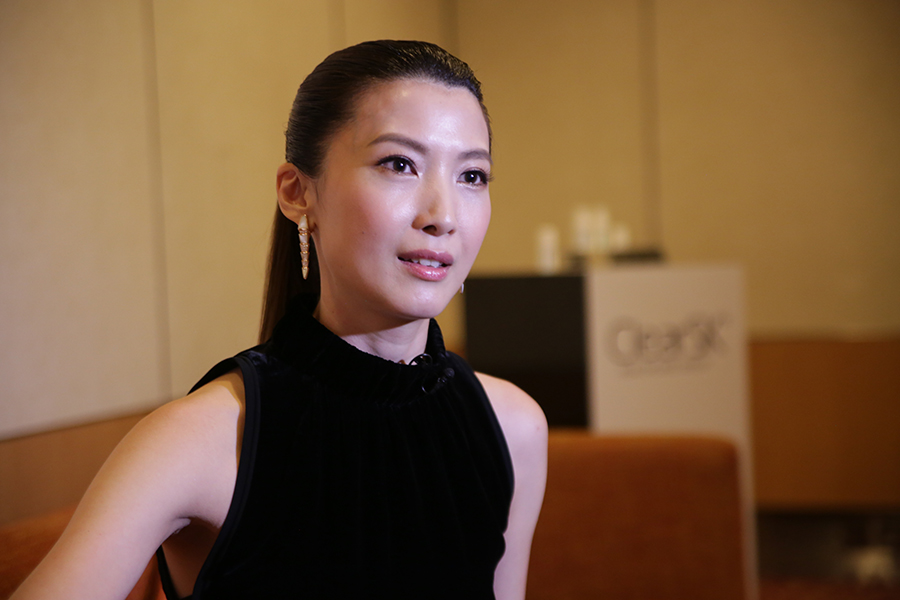 jeanette aw clearsk 2