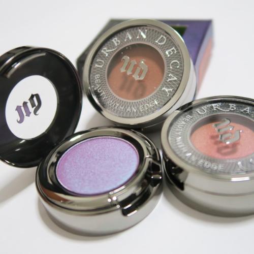 makeup reuse hack broken eyeshadows