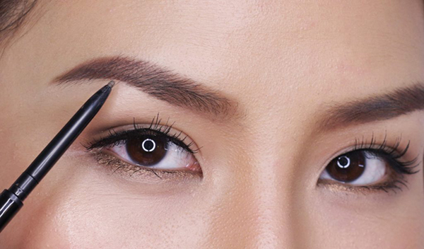 How To Trim Eyebrows Fill In Sparse Spots