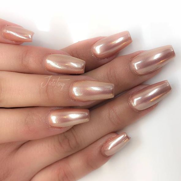 Rose Gold Nails Chrome