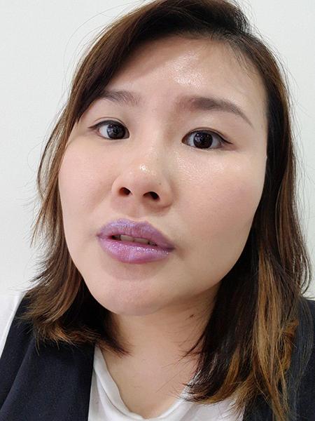 Holographic Lipsticks Singapore Juliet 1