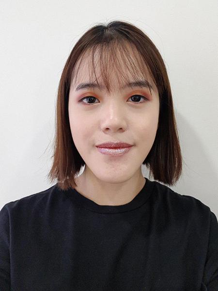 Holographic Lipsticks Singapore Zoe 2