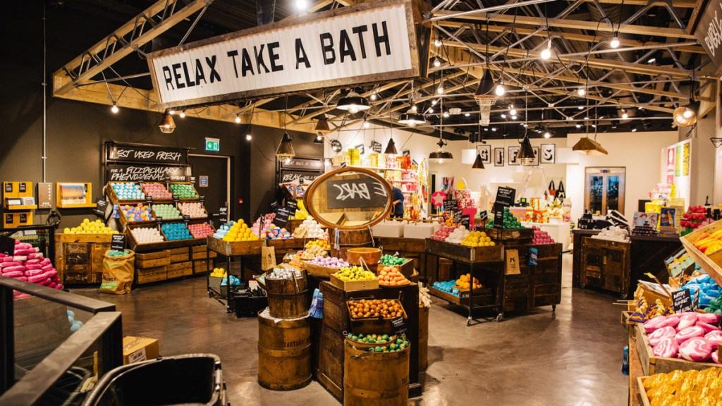 Global Flagship Store Lush