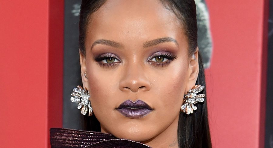 These are the makeup products Rihanna used for her latest red carpet look