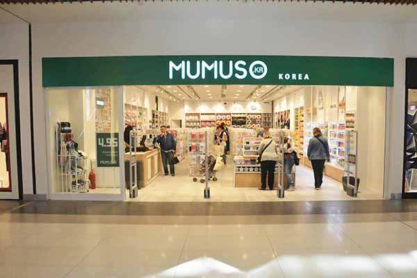 Mumuso Expose Storefront