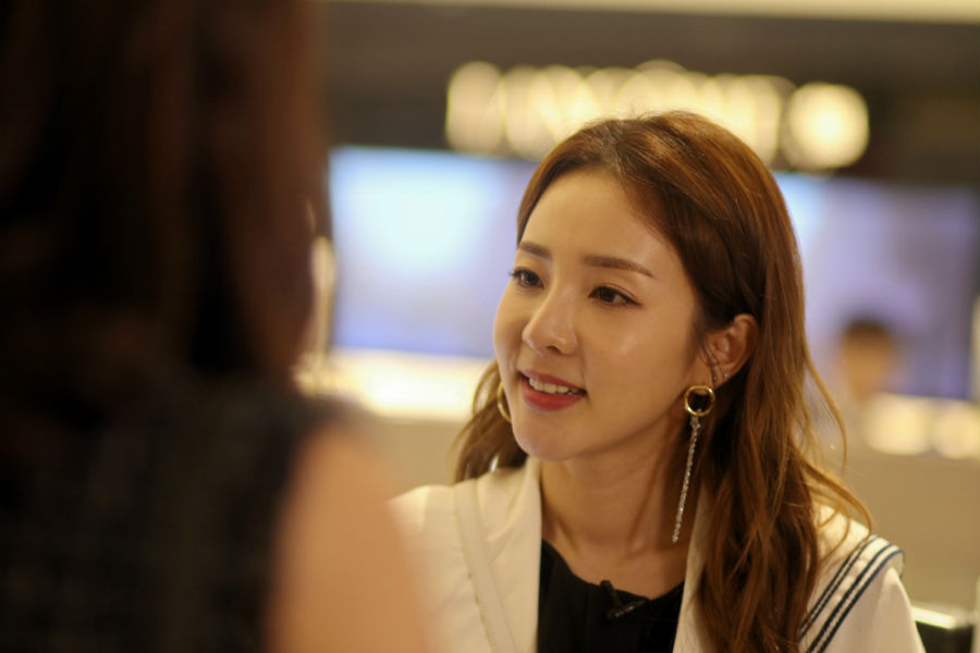 Sandara Park Get It Beauty Interview 3