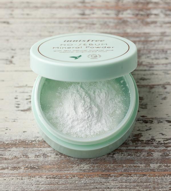 Iconic K Beauty Products Innisfree No Sebum Mineral Powder Packshot
