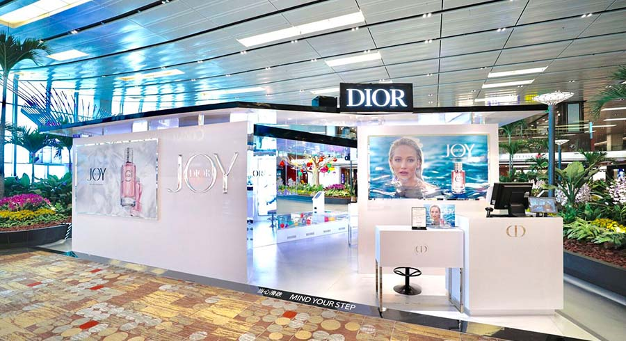 Travelling soon? Drop by Dior's pop-up event at Changi Airport to be the among the first-in-the-world to experience their new fragrance