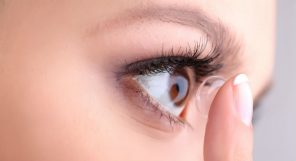Makeup Tips For Contact Lens Wearers Featured