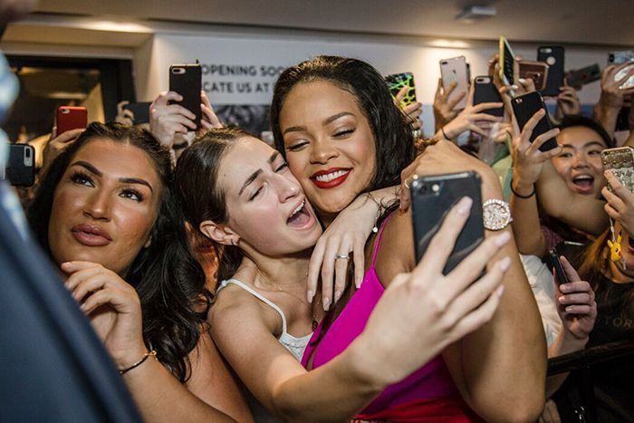 Fenty Beauty Anniversary Rihanna 8