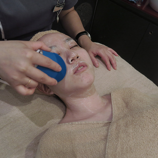 Renaza Facial Sonic Cleansing Exfoliation