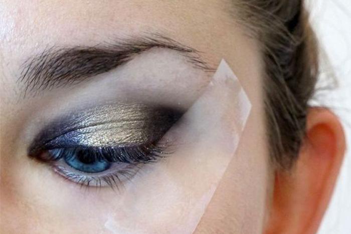 Eyeshadow Tape