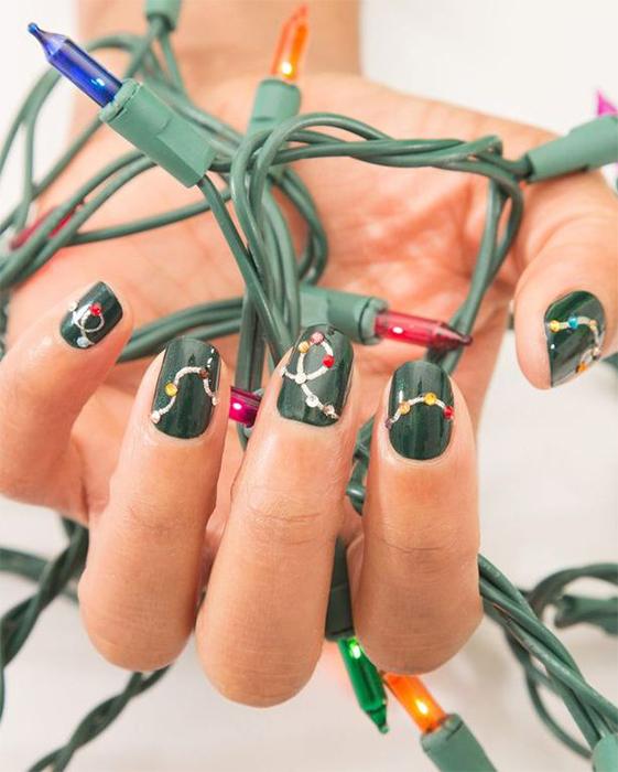 Christmas Nails 2019 Lights
