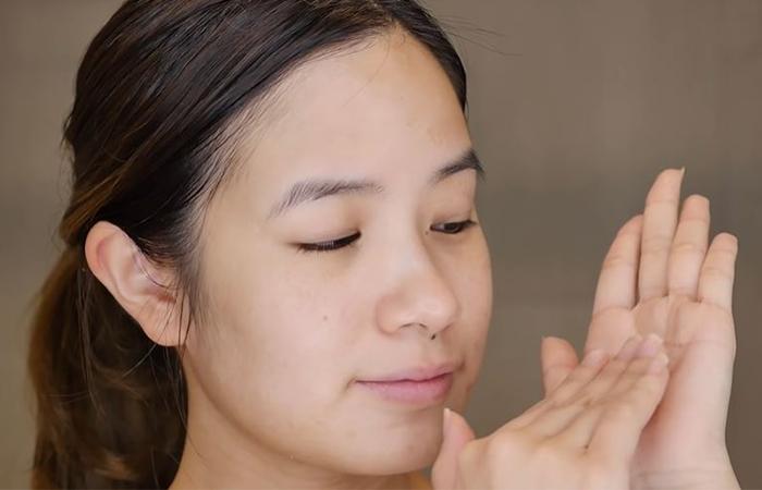 korean-skincare-routine-essence-1