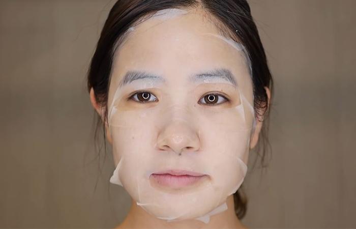 korean-skincare-routine-mask-2