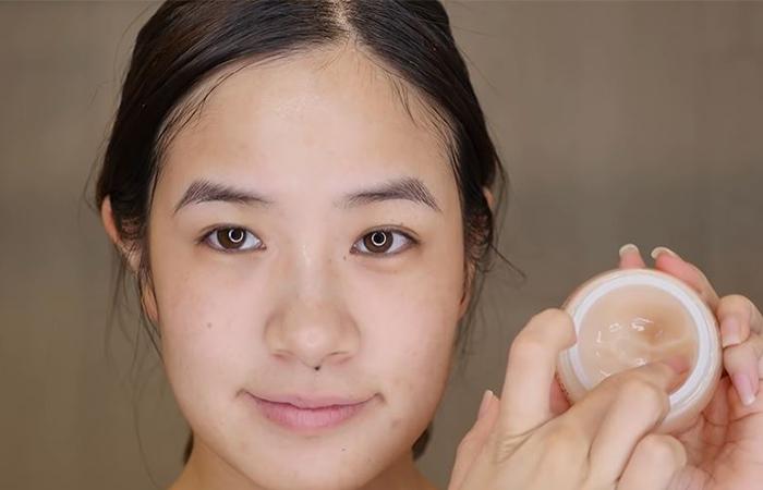korean-skincare-routine-moisturiser-1