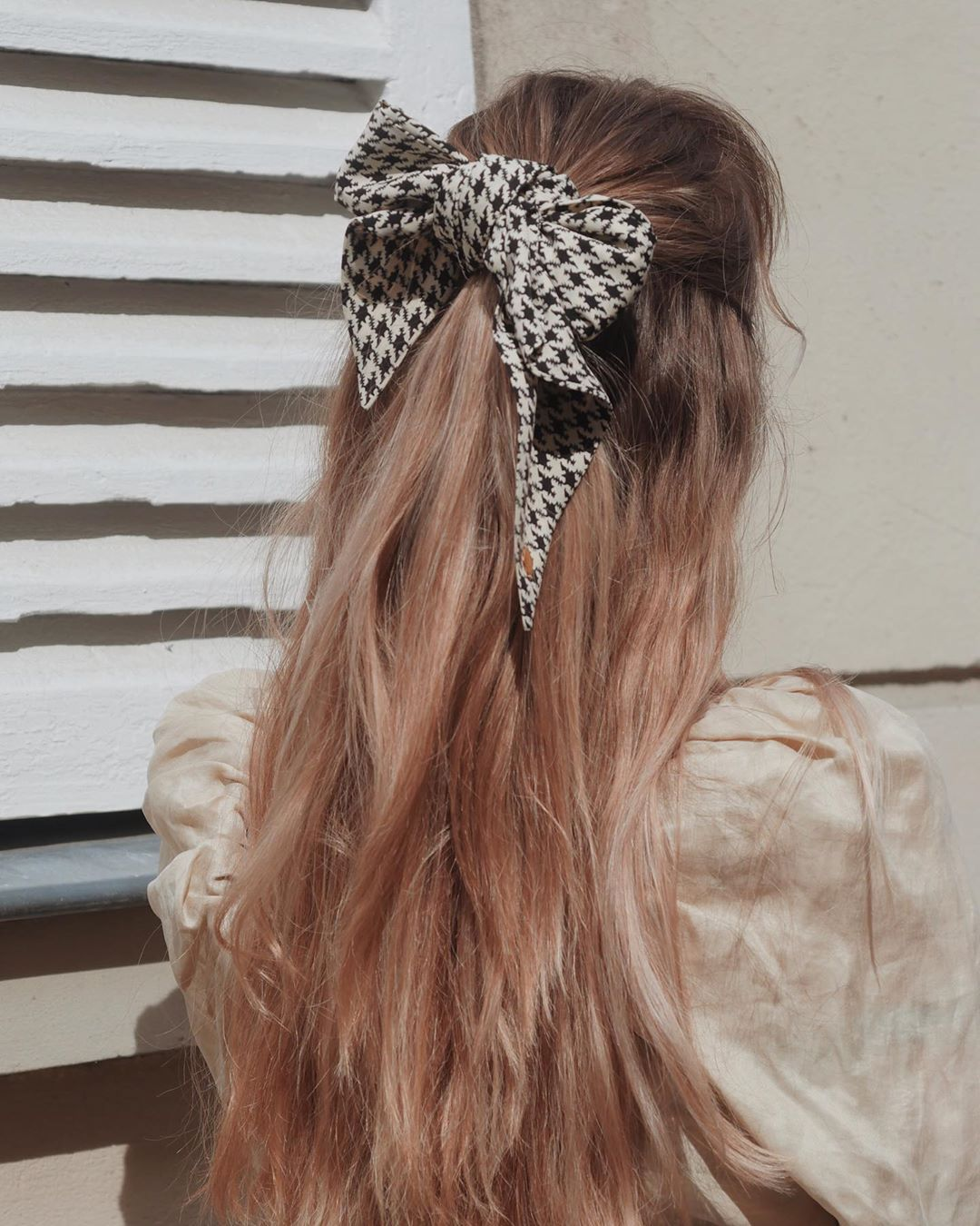 Halfup Hairstyle With Bow Tie 5
