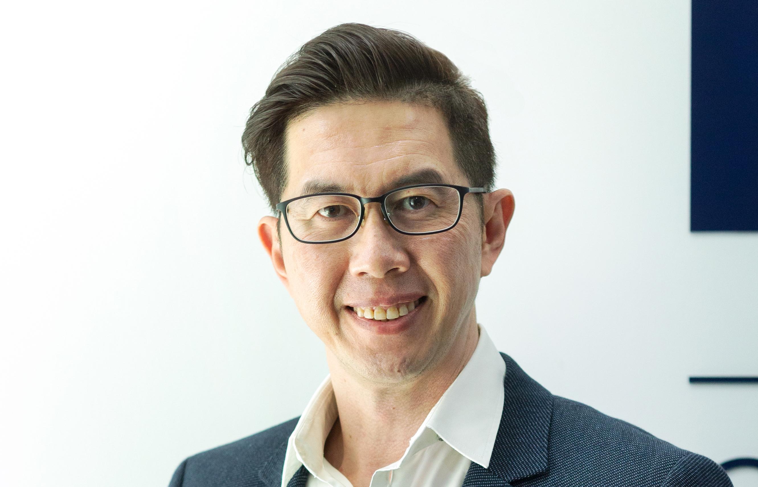 Ids Flagship Outlet Dr Benjamin Yim Profile Visual