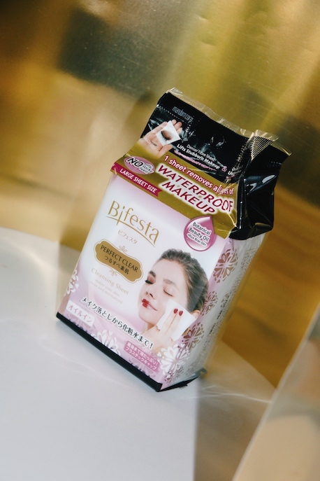 Bifesta Perfect Clear Makeup Remover Wipes Pack Shot
