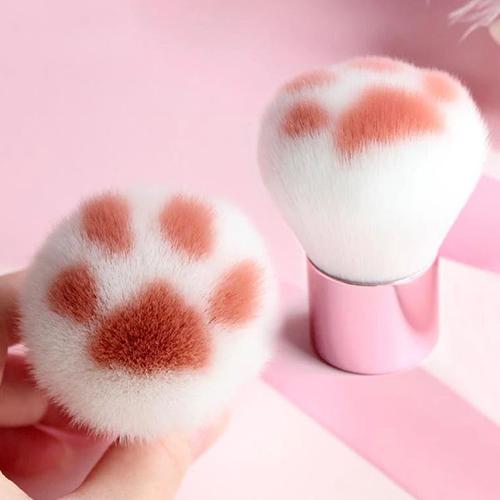 Cat Paw Makeup Brush 1