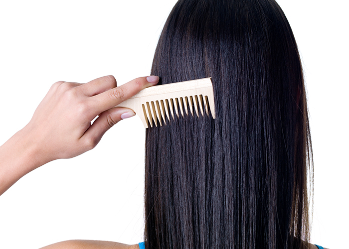 Style Your Hair Wide Toothed Comb