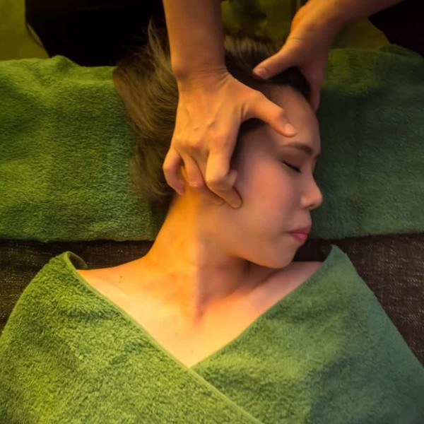 Best Popular Facial Treatments V-Shape Facial Editor's Choice Singapore Facia Ginza Singapore