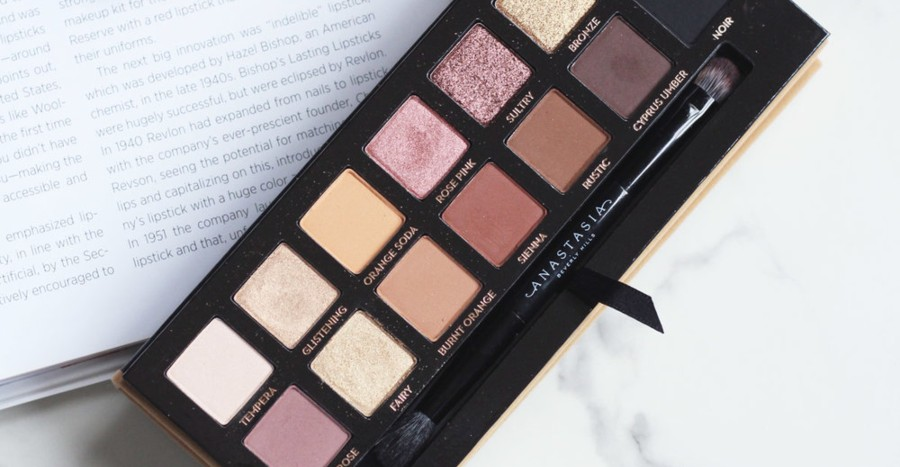 17 best eyeshadow palettes for beginners you can use without pro techniques