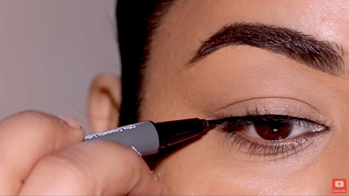 natural-eyeliner-hooded-eyes-simple-2