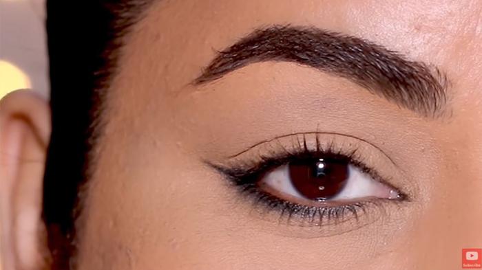 natural-eyeliner-hooded-reverse-smokey-final-look