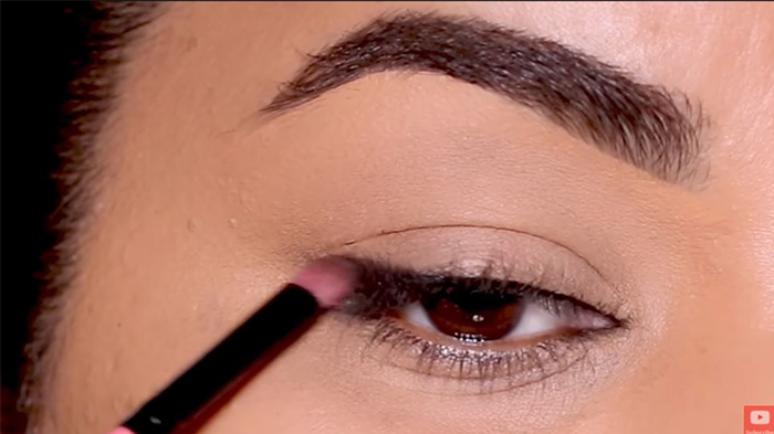 natural-eyeliner-hooded-smokey-outer-2