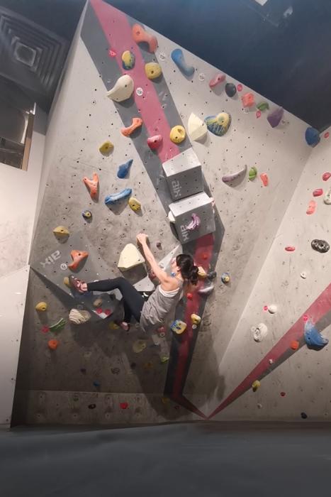 Neutrogena Review Eleanor Sports Activity Bouldering
