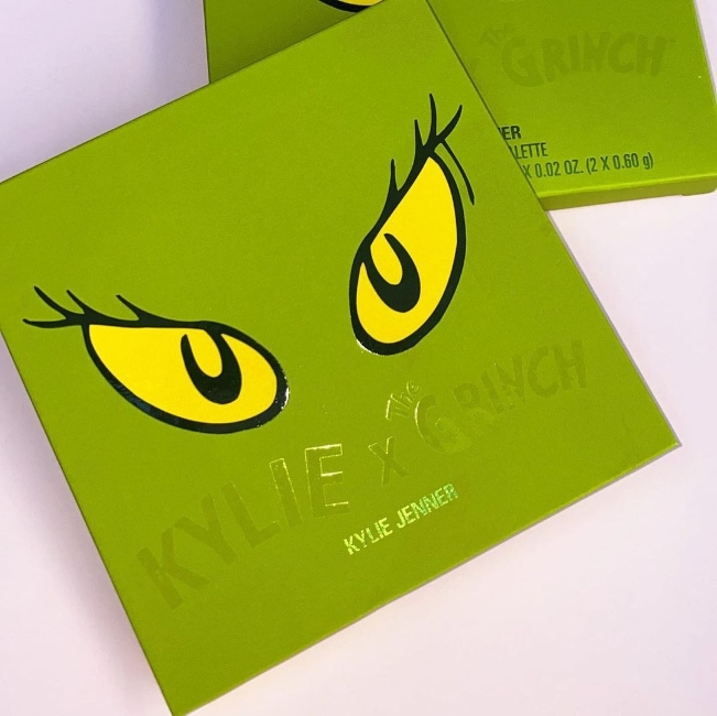 Kylie Jenner Pressed Powder Palette (2)