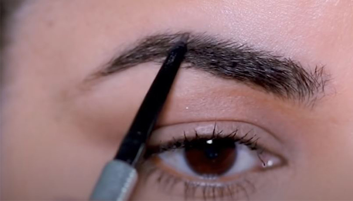 how-to-draw-brows-tips-start-from-middle
