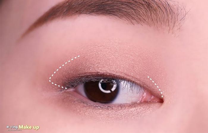 korean-eye-makeup-step-3